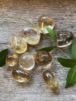 Citrine, natural tumbled AA